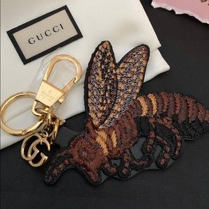 Gucci bee keychain bagcharm charm accessories